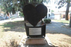retro, monumento cuore, Gavello