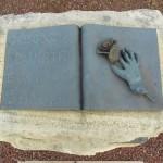ogni goccia donata è un atto di amore, monumento al donatore AVIS, Arquà Polesine