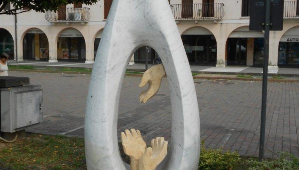 monumento al donatore AVIS, Villadose